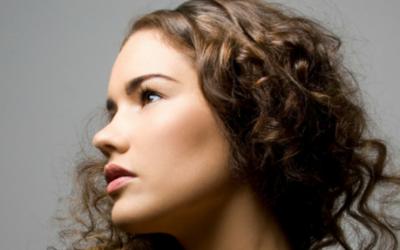 Keratin hair serum for protecting and smoothing hair